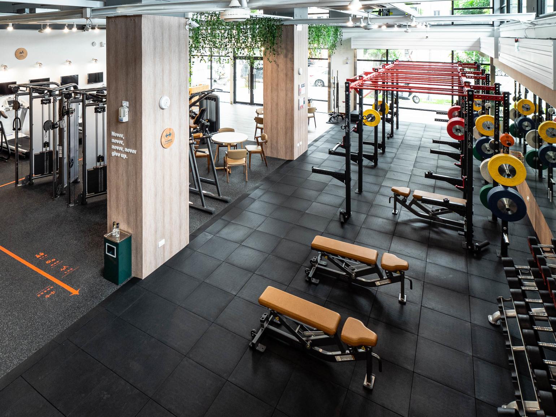 嘉義健身房室內空間設計-地板動線畫線|塔索肌力與體能訓練中心