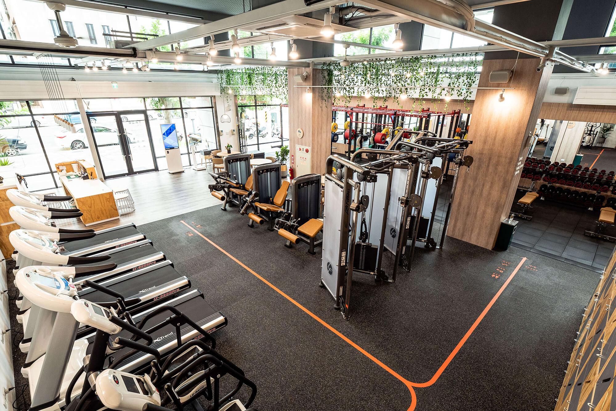 嘉義健身房室內空間設計-挑高設計|塔索肌力與體能訓練中心