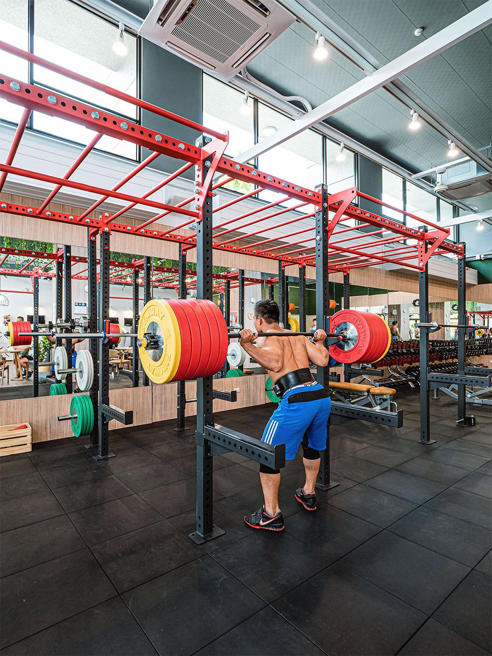 嘉義健身房室內空間設計-舉重訓練區|塔索肌力與體能訓練中心