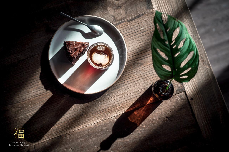 國王蝴蝶秘密基地roicafe咖啡廳-光影間的爛漫時刻|小福砌商業咖啡廳空間設計