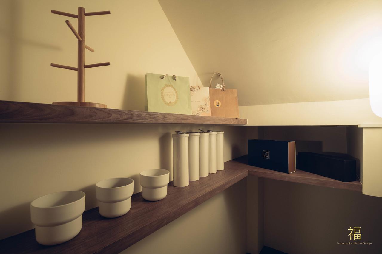 水上敦美 梯間內層版收納設計 嘉義住宅空間設計
