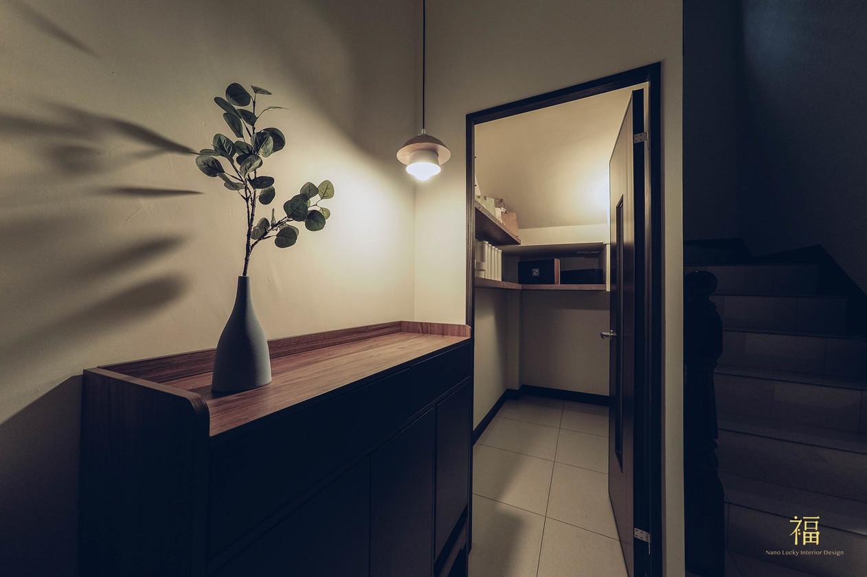 水上敦美|梯間空間規劃|嘉義住宅空間設計