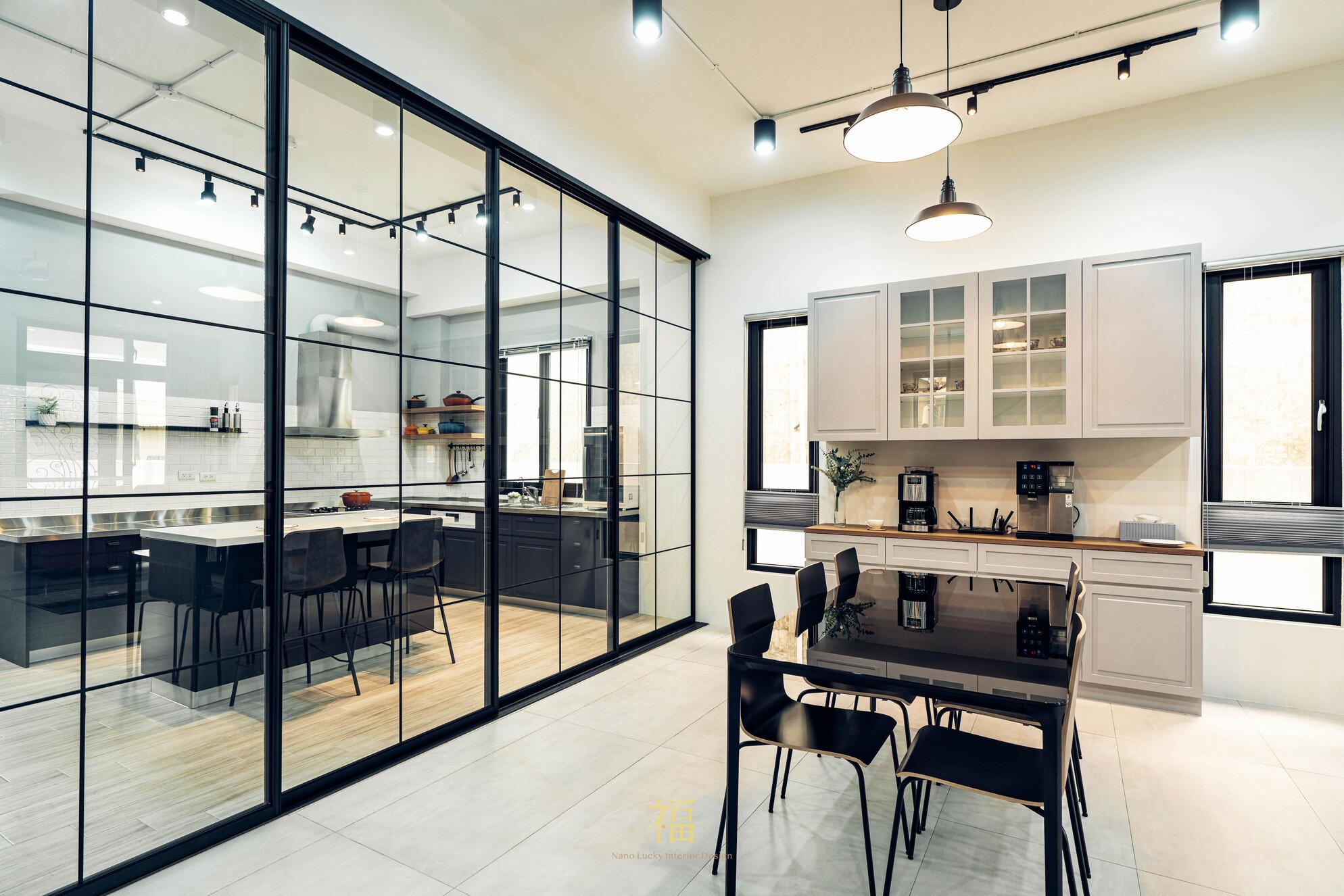 溪口盧宅|隔間透明玻璃拉門|嘉義住宅空間設計