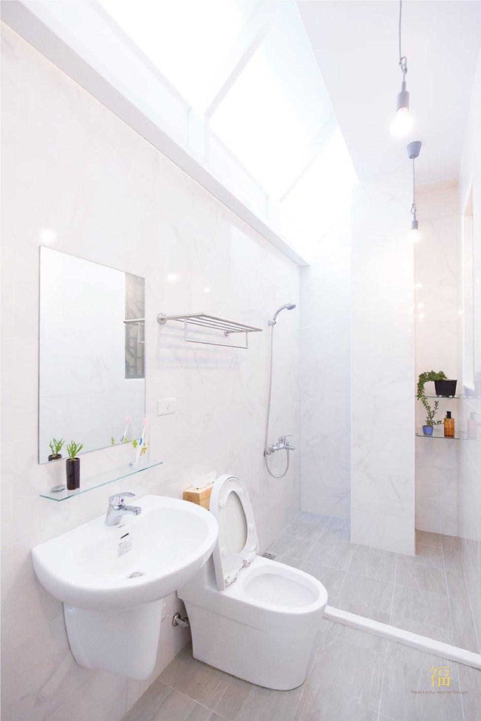 福櫻會館|良好採光學宿衛浴|嘉義宿舍空間設計