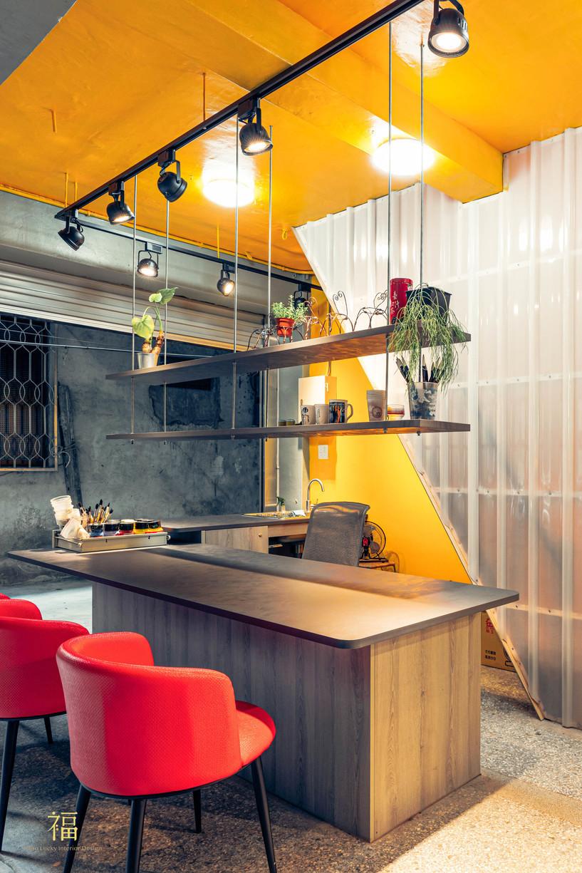 鳳梨會社5點0-長照站吧檯設計|小福砌社區空間規劃設計