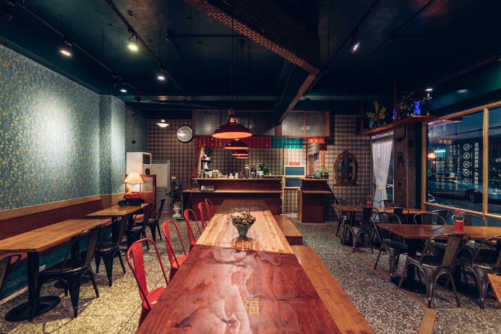 03嘉義東區復古風台式簡餐-弄來小餐桌-內用區餐桌|小福砌餐飲空間設計