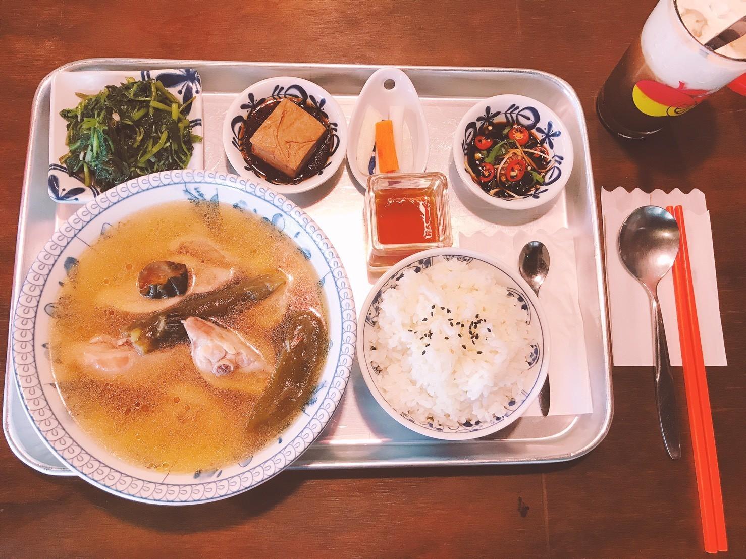 05嘉義東區復古風台式簡餐-弄來小餐桌-剝皮辣椒雞湯|小福砌餐飲空間設計