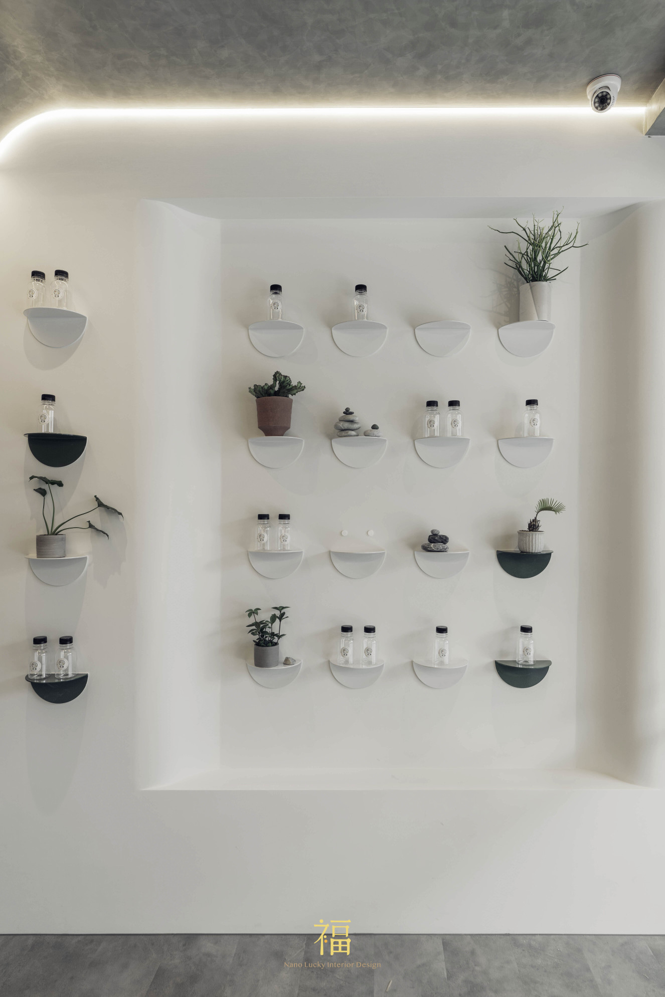 08野膳健康餐|造型折板牆面裝飾|小福砌商空設計