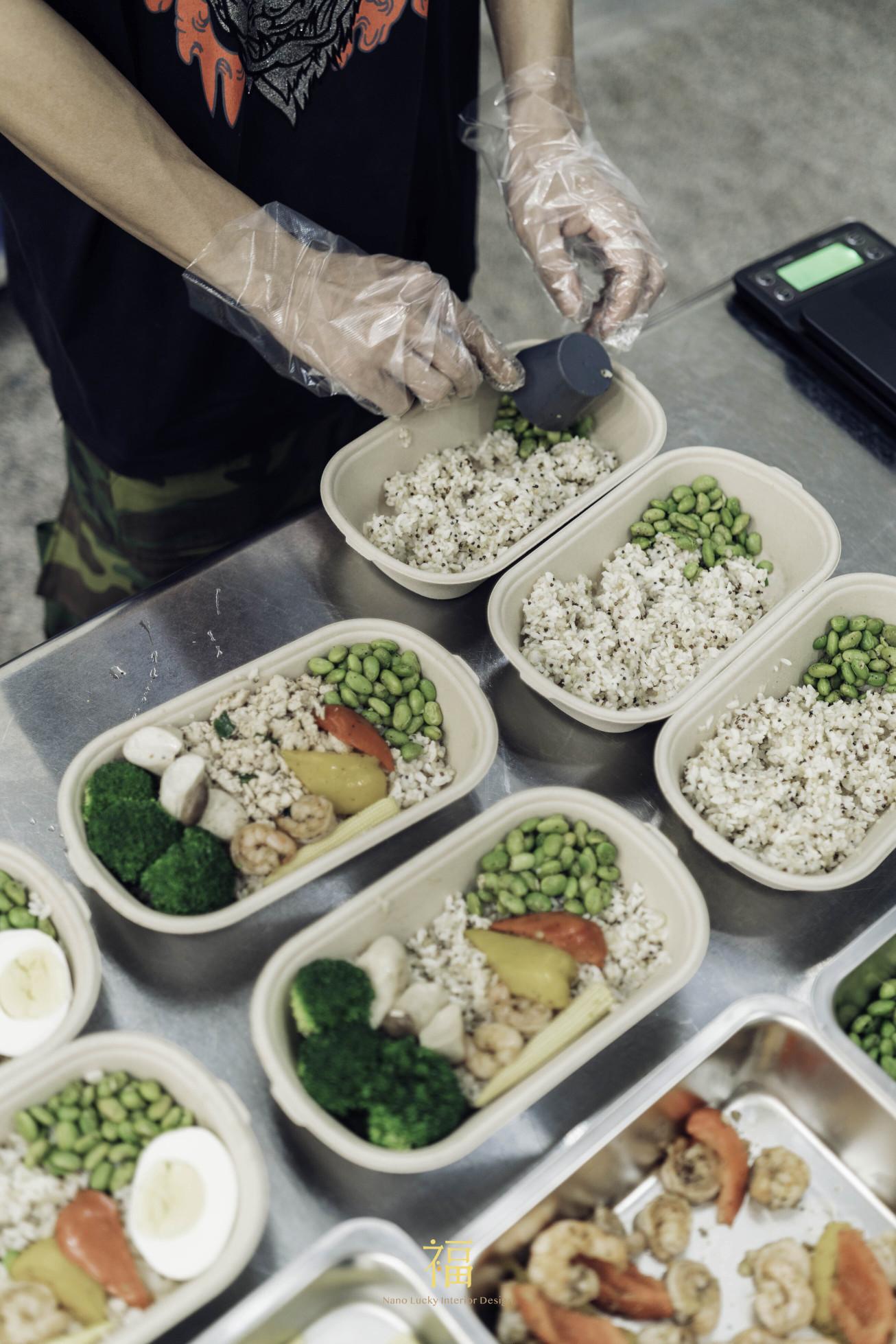 10野膳健康餐|精算營養熱量|小福砌商空設計