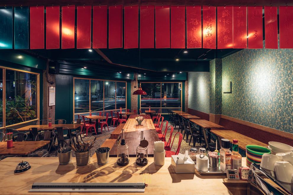 11嘉義東區復古風台式簡餐-弄來小餐桌-餐飲吧檯規劃|小福砌餐飲空間設計