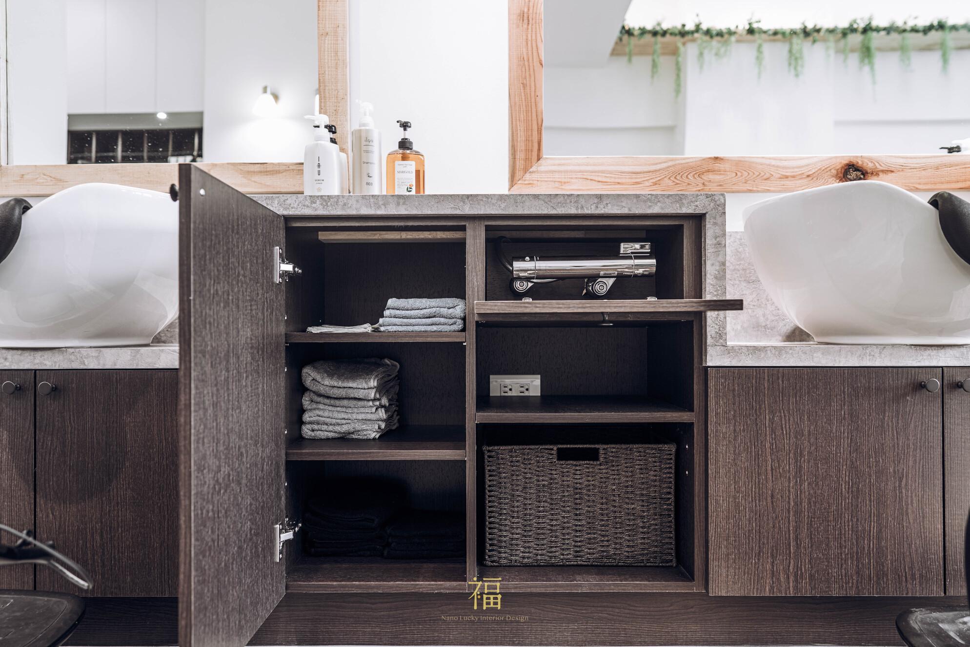 16嘉義太保日系髮廊lislushairsalonstory-系統櫃收納展示|小福砌商業美髮沙龍空間設計