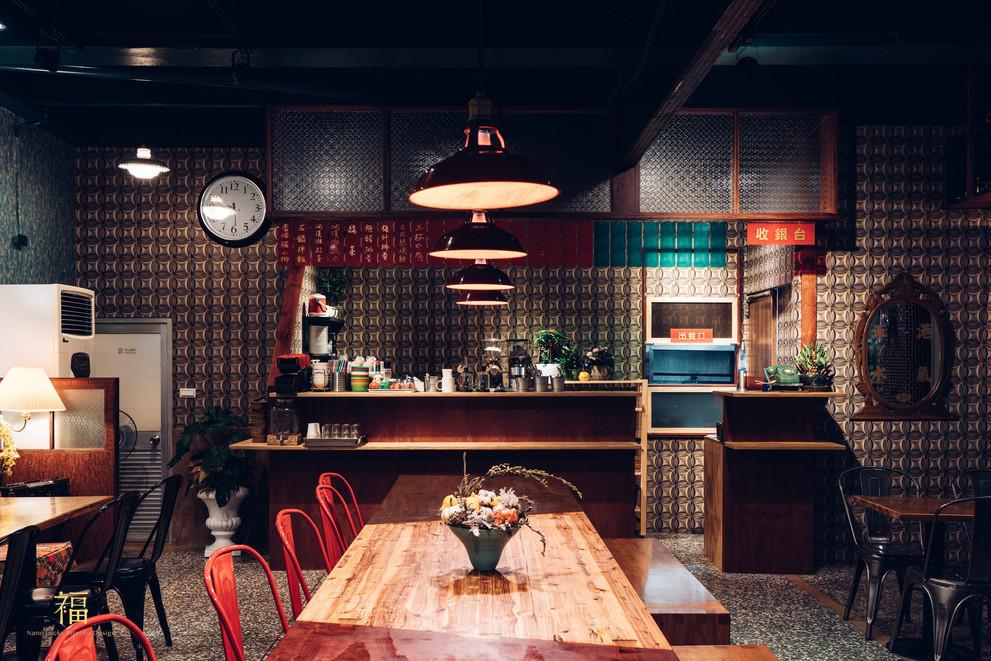 18嘉義東區復古風台式簡餐-弄來小餐桌-香港茶餐廳氛圍|小福砌餐飲空間設計