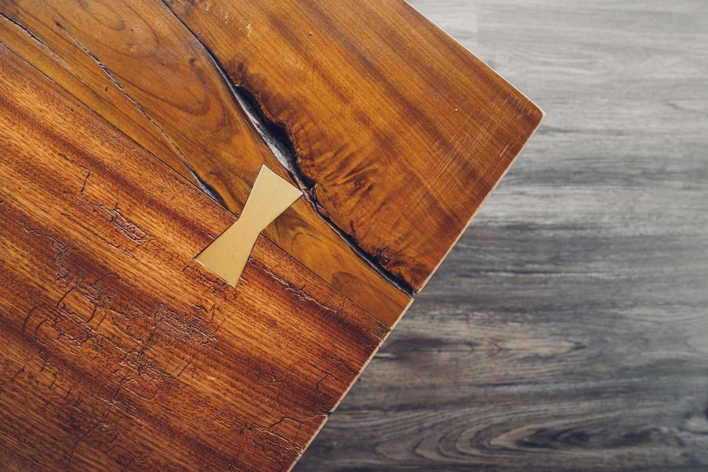 阿里山樟樹湖山角鐵茶屋木桌蝴蝶榫製作