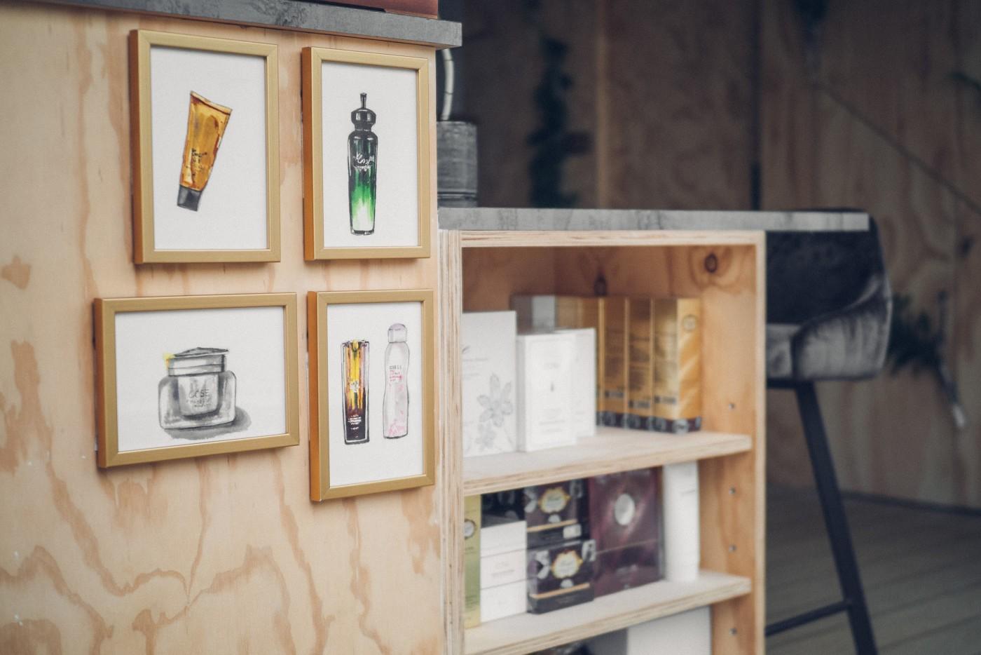 阿里山樟樹湖山角鐵茶屋書櫃層架設計