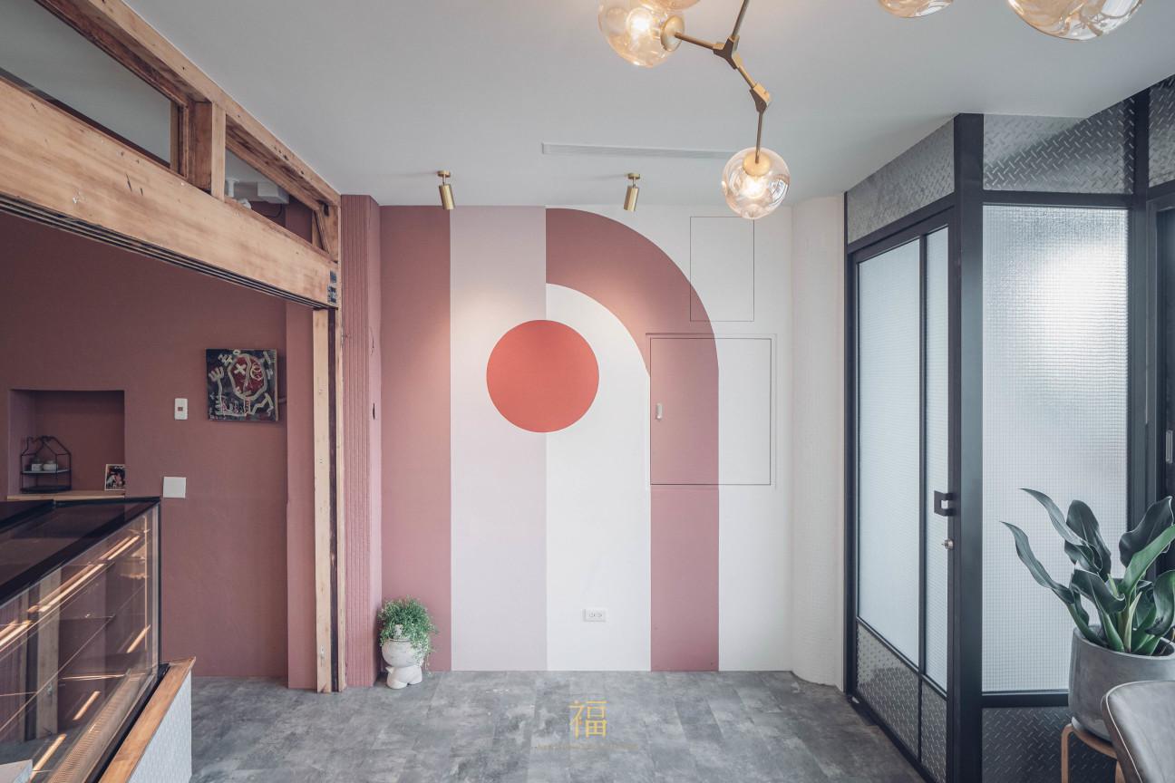 飛茉莉一樓粉色藝術風格設計
