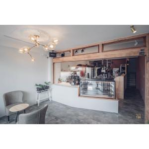 飛茉莉蛋糕 |老屋改造的甜點店再度昇華,新港旅遊必訪美食景點。